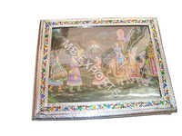 WHITE METAL GIFT BOX TRADERS