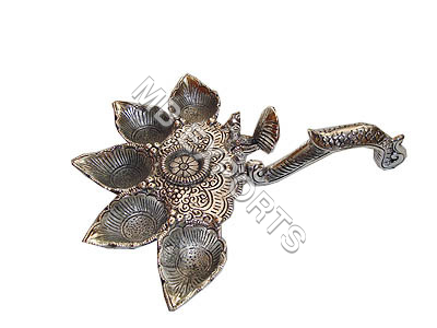 GERMAN SILVER FANCY DIYA MANUFACTURERS