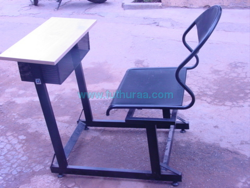 Single seater Sutdent Desk