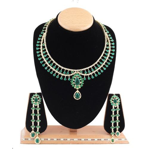 A.D.Necklace Set
