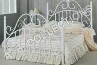 WHITE GLOSSY METAL BED