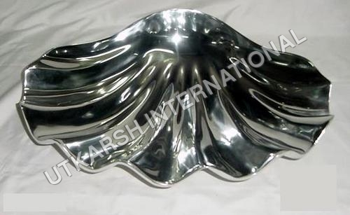 Maple Leaf Aluminium dish