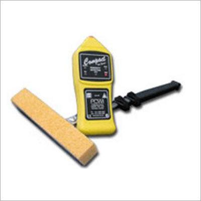 Compact Wet Sponge Pinhole Detector