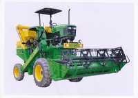Agriculturer Mounted Combine Harvester