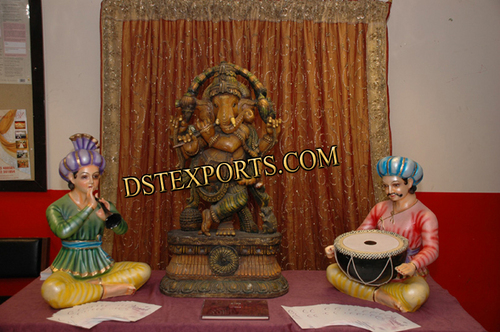 INDIAN WEDDING STAGE STATUES