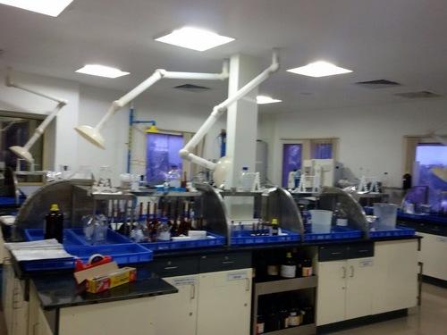 Lab Fume Extractors