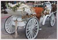 BEAUTIFUL WEDDING HORSE CARRIAGE