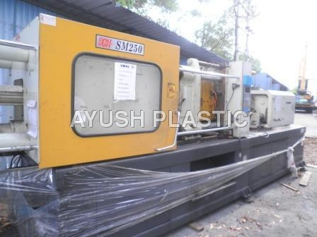 Plastic Molding Machine