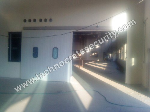 Automatic Door With Puff Panel
