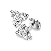 Platinum Nose Pins