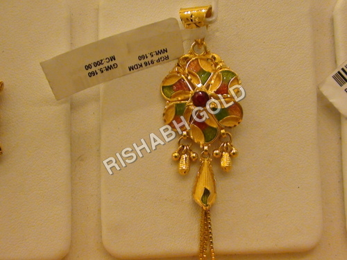 Ladies Gold Pendants