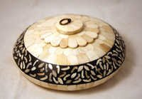 Camel Bone Painted Round Ash Tray