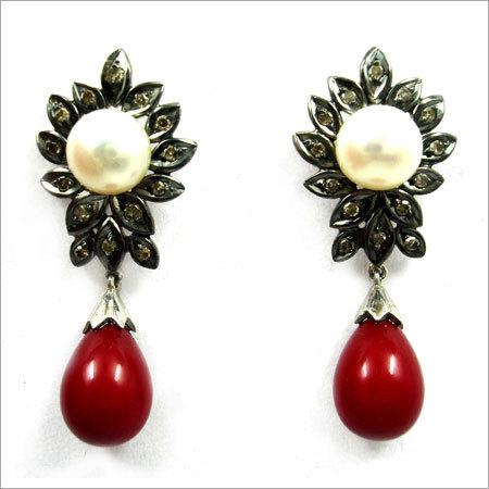 Stylish Victorian Earrings