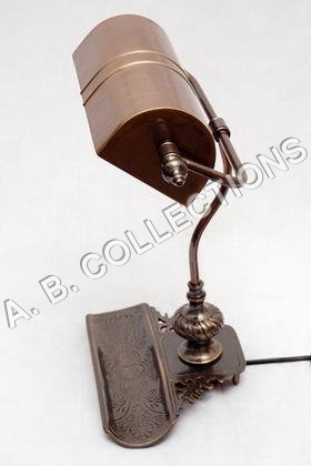 OILY BRONZE VINTAGE TABLE LAMP