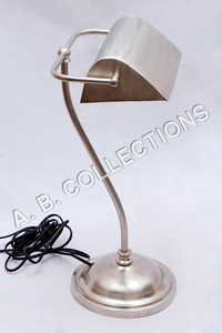 DESK PEWTER MAT TABLE LAMP