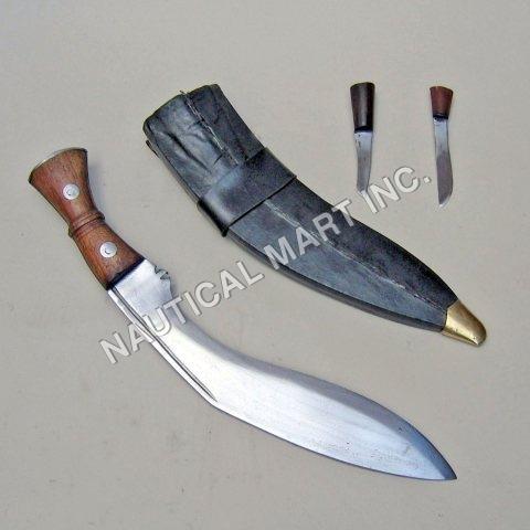 KHUKRI WSHEATH & ACCESSORY KNIVES  18