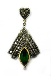 5.75 CT REAL DIAMOND AND CREATED EMERALD VICTORIAN PENDANT SET