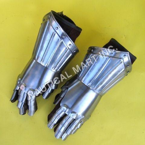 Medieval Armor Steel Gauntlet Pair