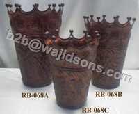 Chocolate Crown Vase