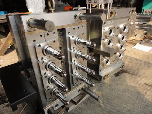 8 Cavity Pet Preform Mould