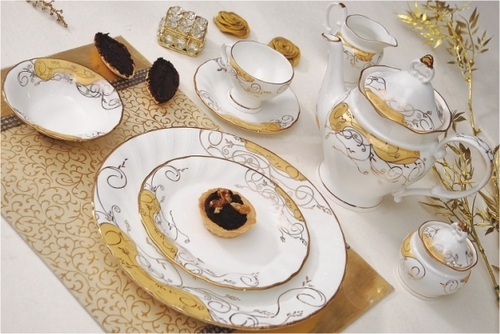 Bone China Crested Ware