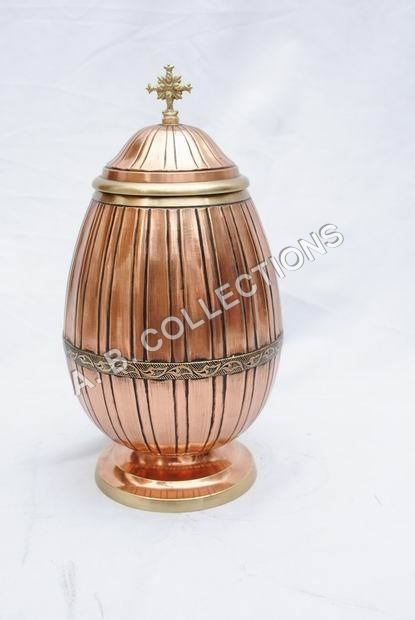 METAL DESIGNER COPPER URN
