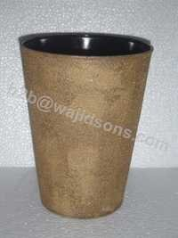 ROUND PLANTER WITH BROWN SHADE
