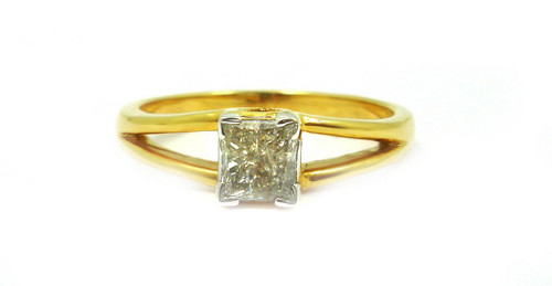 0.66 CT EGL CERTIFIED PRINCESS DIAMOND 14K YELLOW GOLD SOLITAIRE RING