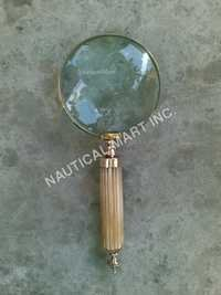 WOOD AND BRASS MAGNIFYING GLASS