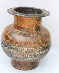 Embossed Flower Vase