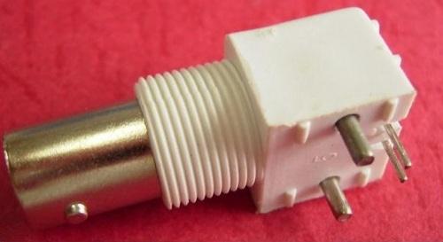 BNC  Female right angle PCB mount plastic body