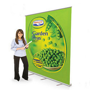 Wide Rollup Backdrop Stand