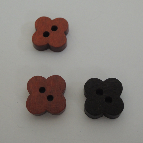 12MM Four Leaf Clover Wooden Button (HD-003)