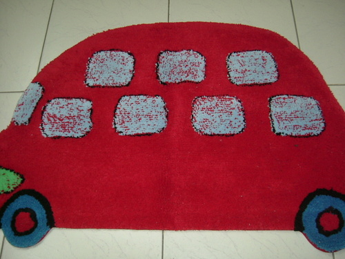 Car Shaped Kids Bath Mat