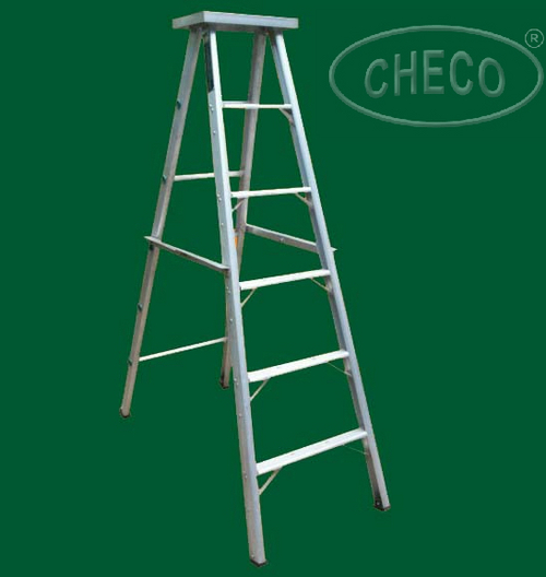 DOMESTIC ALUMINIUM LADDERS