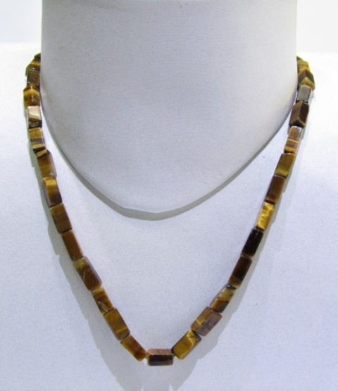 Tiger Eye Cubes Strings