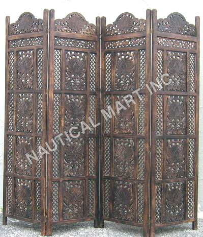 Brown Design Wooden Screen