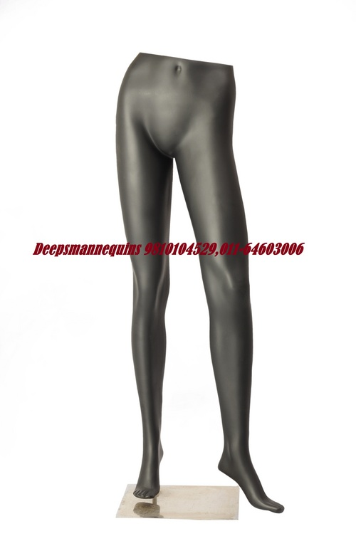 Female Lag Mannequins