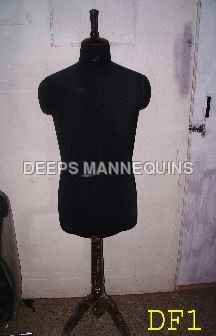 Male Dress From Mannequins