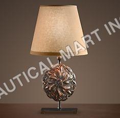 PARIS MEDALLION TABLE LAMP