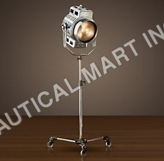 HOLLYWOOD STUDIO FLOOR LAMP