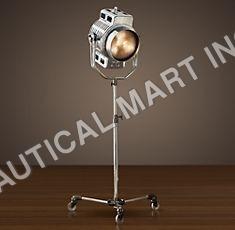 HOLLYWOOD STUDIO FLOOR LAMP
