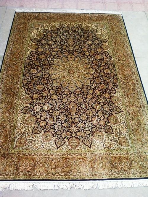 Soft Silk Floor Carpet