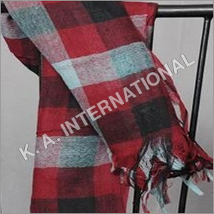100 % wool yarn dyed check