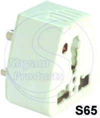 5-15 Universal Conv. Plug With Indicator
