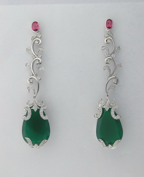 26.70 CT DIAMOND EMERALD WHITE GOLD EARRINGS # INTE040