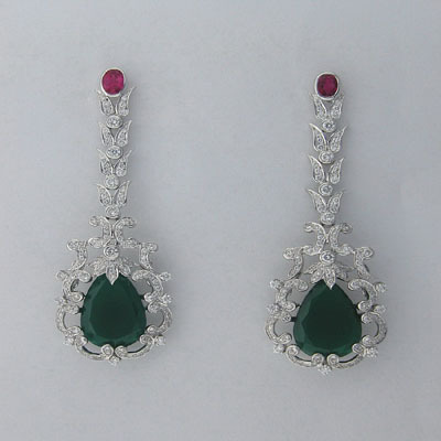 29.10 CT DIAMOND EMERALD WHITE GOLD EARRINGS # INTE042
