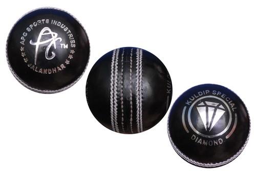 APG Black Diamond Cricket Ball