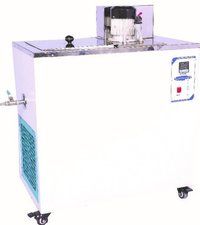 Low Temperature Cryostat Bath