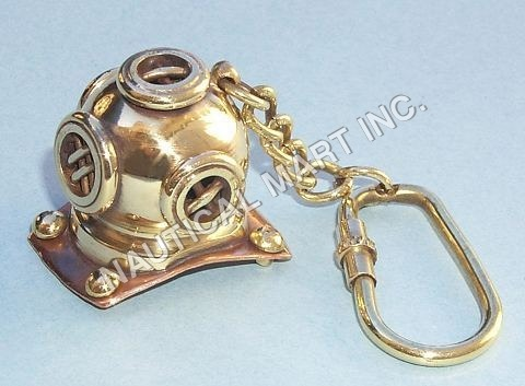 VINTAGE BRASS DIVERS HELMET KEY CHAINS